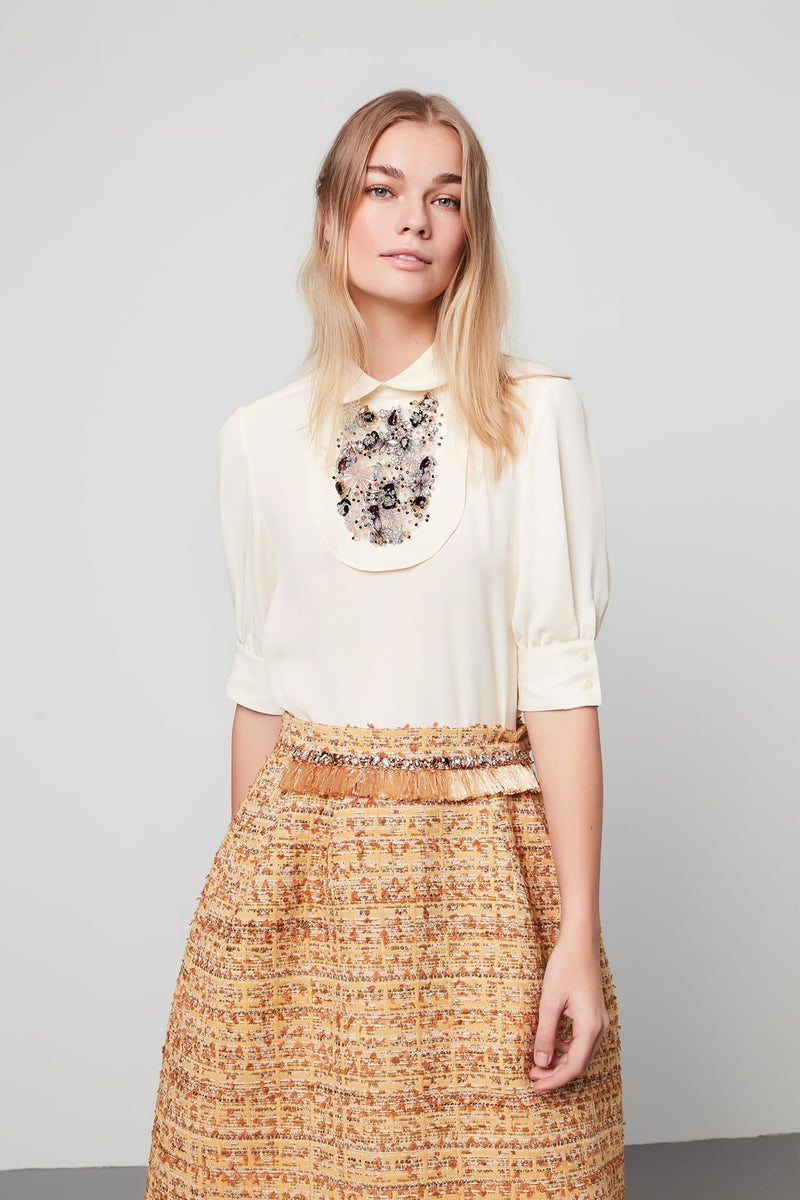 Machka Short Sleeve Embellished Detail Relaxed Fit Blouse Oil