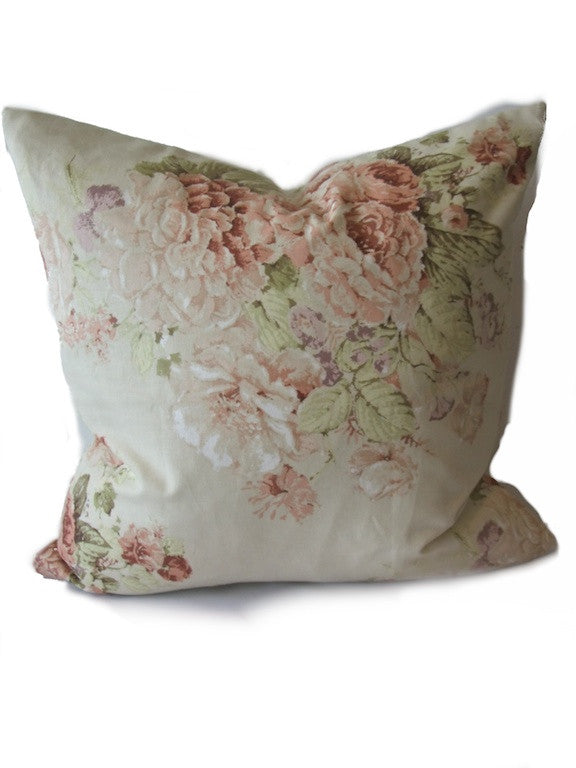 TR Faded Roses Cushion