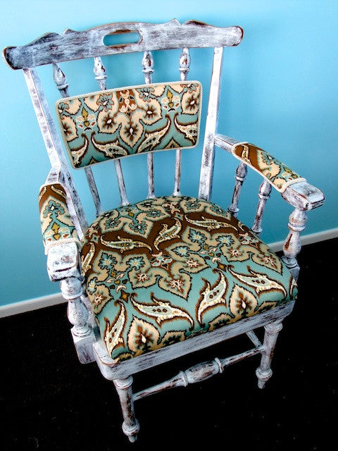Sadie - Wooden chair with Ikat design