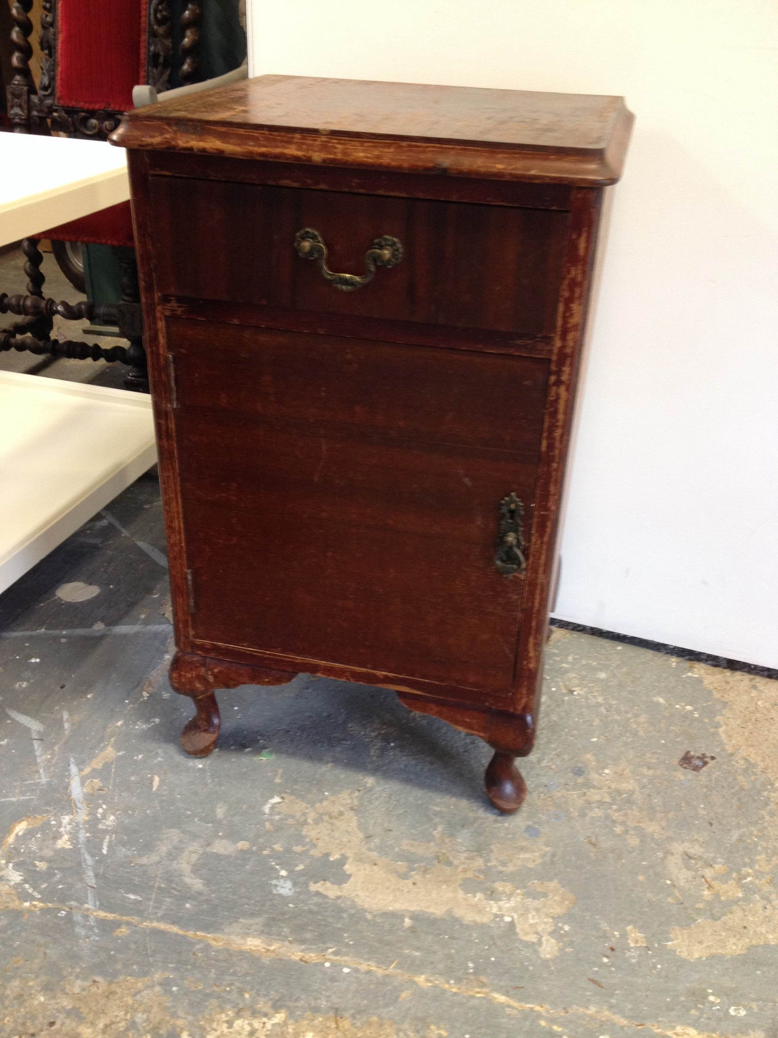 Commissioned bedside in Emile