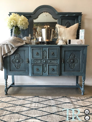 Thalia: Mirrored Back Sideboard