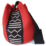 Load image into Gallery viewer, Girardot Wayuu Mochila