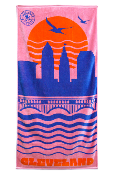 Cleveland Skyline Beach Towel - Soft Pink