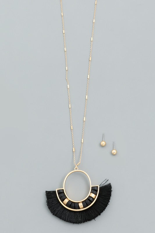 Fan Fringe Necklace