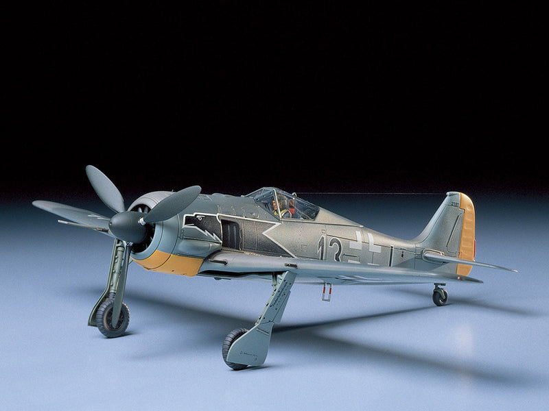 Tamiya Focke-Wulf Fw190 A-3 1:48 Scale Airplane Model Kit