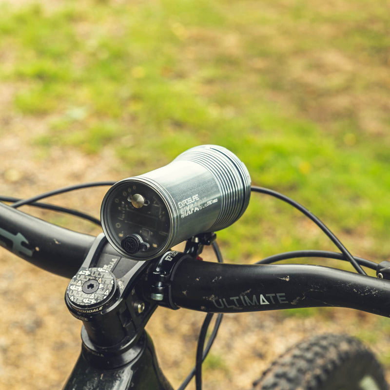 USE Exposure Six Pack Sync Mk2 With QR Handlebar Mount & Remote Front Bike Light Alternate 2