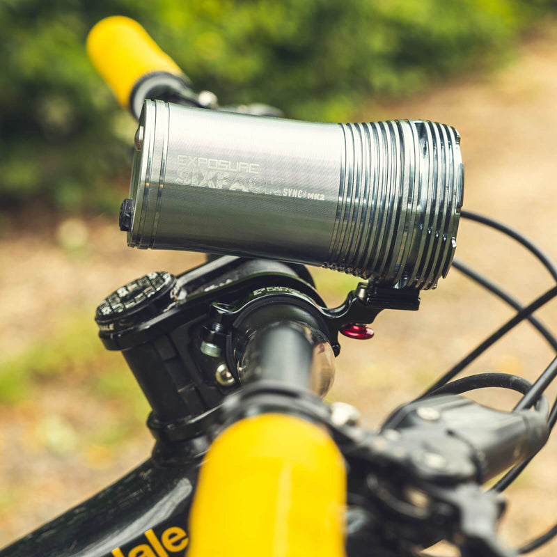 USE Exposure Six Pack Sync Mk2 With QR Handlebar Mount & Remote Front Bike Light Alternate 3