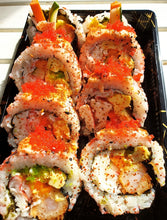 Load image into Gallery viewer, HOKKAIDO SEAFOOD MAKI (8-pc JUMBO)