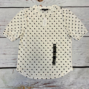 Primary Photo - BRAND: BANANA REPUBLIC STYLE: TOP SHORT SLEEVE COLOR: CREAM SIZE: XS OTHER INFO: BLACK DOTS/ NWT SKU: 178-178203-734
