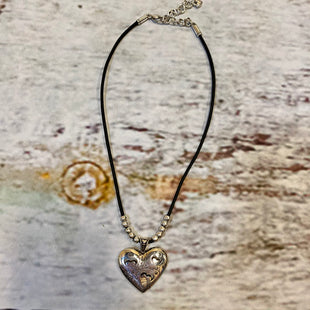 Primary Photo - BRAND: BRIGHTON STYLE: NECKLACE COLOR: BLACK SILVER OTHER INFO: HEART PENDANT SKU: 217-217104-39421