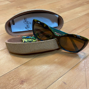 Primary Photo - BRAND:    CLOTHES MENTOR STYLE: SUNGLASSES COLOR: BROWN OTHER INFO: MAUI JIM - SKU: 217-217182-2025
