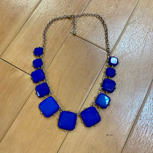 Primary Photo - BRAND:    CLOTHES MENTOR STYLE: NECKLACE COLOR: BLUE OTHER INFO: GOLD CHAIN SKU: 217-217155-1524