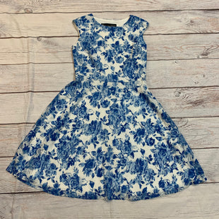 Primary Photo - BRAND:    CLOTHES MENTOR STYLE: DRESS SHORT SLEEVELESS COLOR: FLORAL SIZE: M OTHER INFO: CHETTA B - BLUE AND WHITE SKU: 217-217182-7435