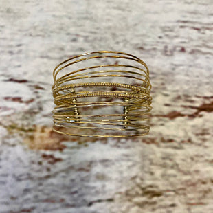 Primary Photo - BRAND: STELLA AND DOT STYLE: BRACELET COLOR: GOLD SILVER OTHER INFO: LAYERED BANGLE SKU: 217-217104-39344