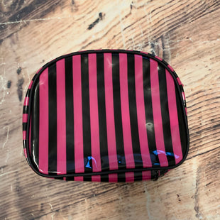 Primary Photo - BRAND: AVON STYLE: MAKEUP BAG COLOR: PINKBLACK SKU: 217-217182-6349
