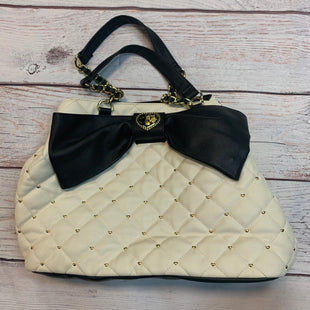 Primary Photo - BRAND: BETSEY JOHNSON STYLE: HANDBAG COLOR: BLACK WHITE SIZE: LARGE SKU: 217-217182-6541