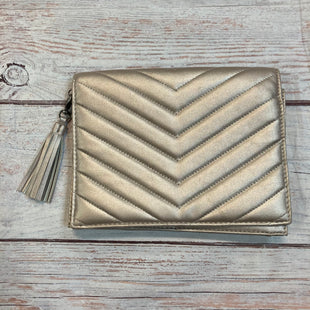 Primary Photo - BRAND: NEIMAN MARCUS STYLE: CLUTCH COLOR: TAUPE OTHER INFO: QUILTED TASSLE ROSE GOLD LIKE SKU: 217-217104-37451