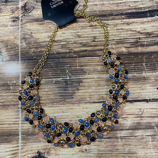 Primary Photo - BRAND: TALBOTS STYLE: NECKLACE COLOR: DOTS OTHER INFO: BLUE PINK COLLAR SKU: 217-217104-34281