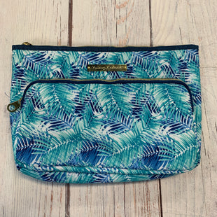 Primary Photo - BRAND: TOMMY BAHAMA STYLE: MAKEUP BAG COLOR: FLORAL SKU: 217-217182-8226