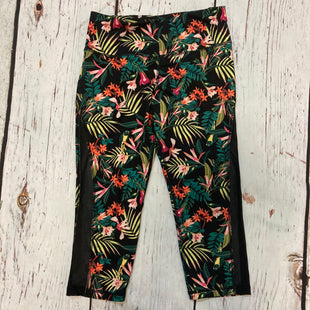 Primary Photo - BRAND: OLD NAVY STYLE: ATHLETIC CAPRIS COLOR: TROPICAL SIZE: L OTHER INFO: BLK GREEN PINK SKU: 217-217104-39877