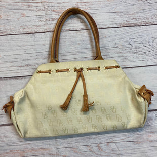 Primary Photo - BRAND: DOONEY AND BOURKE STYLE: HANDBAG COLOR: CREAM SIZE: MEDIUM SKU: 257-257189-209