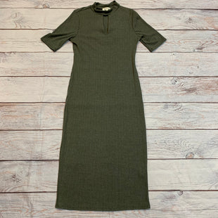Primary Photo - BRAND: MONTEAU STYLE: DRESS LONG SHORT SLEEVE COLOR: OLIVE SIZE: L SKU: 217-217182-7784