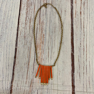 Primary Photo - BRAND:    CLOTHES MENTOR STYLE: NECKLACE COLOR: GOLD OTHER INFO: ORANGE SKU: 217-217182-6417