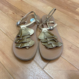 Primary Photo - BRAND: OLD NAVY STYLE: SANDALS FLAT COLOR: GOLD SIZE: 6 SKU: 217-217114-37362