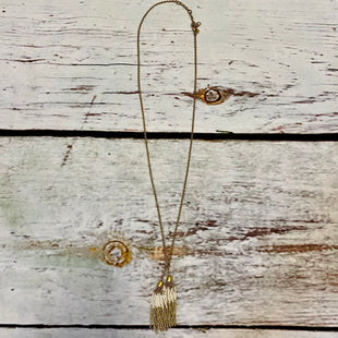 Primary Photo - BRAND: J CREW STYLE: NECKLACE COLOR: GOLD OTHER INFO: LONG/WHITE/TASSEL SKU: 217-217104-38595