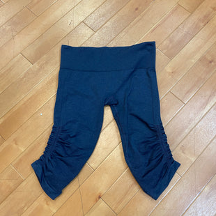 Primary Photo - BRAND: LULULEMON STYLE: ATHLETIC CAPRIS COLOR: NAVY SIZE: M SKU: 217-217182-2501