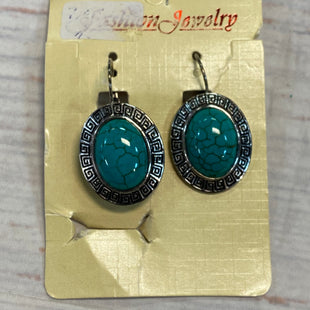 Primary Photo - BRAND:    CLOTHES MENTOR STYLE: EARRINGS COLOR: TURQUOISE OTHER INFO: SILVER/OVAL SKU: 217-217104-39061