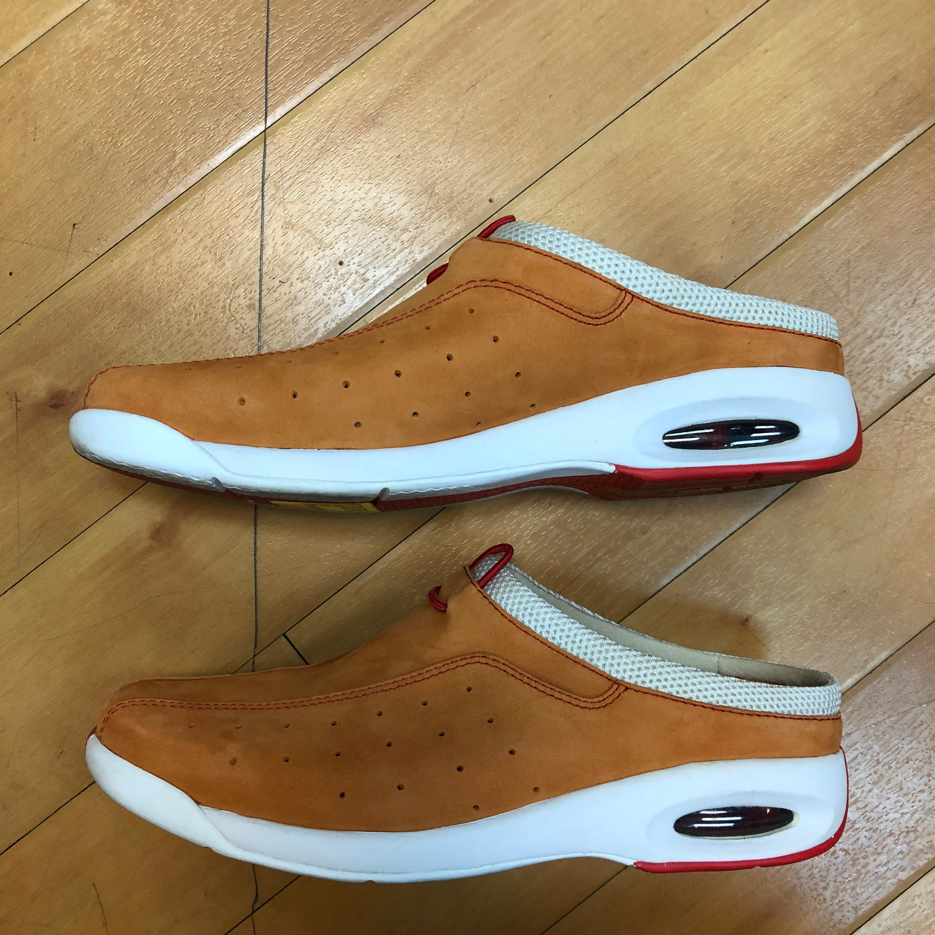 Photo #2 - BRAND: COLE-HAAN <BR>STYLE: SHOES FLATS <BR>COLOR: ORANGE <BR>SIZE: 7 <BR>SKU: 217-217104-33173