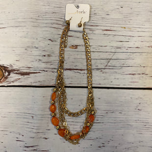 Primary Photo - BRAND: CHARMING CHARLIE STYLE: NECKLACE SET COLOR: GOLD OTHER INFO: NEW! $18 ORANGE SKU: 217-217182-4508