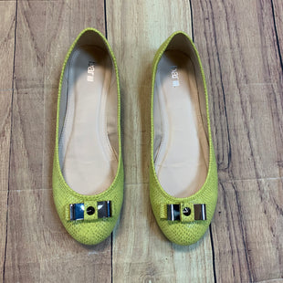 Primary Photo - BRAND: BAR III STYLE: SHOES FLATS COLOR: LIME GREEN SIZE: 9 SKU: 217-217182-6172