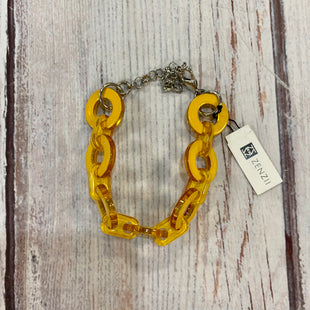 Primary Photo - BRAND:    CLOTHES MENTOR STYLE: BRACELET COLOR: YELLOW OTHER INFO: ZENZII - BIG CHAIN LINKS SKU: 217-217104-39191