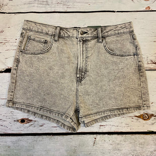 Primary Photo - BRAND: WILD FABLE STYLE: SHORTS COLOR: GREY SIZE: 16 OTHER INFO: NEW! ACID WASH MOM SHORT SKU: 217-217104-39066