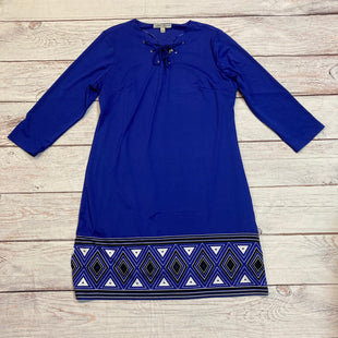 Primary Photo - BRAND: LARRY LEVINE STYLE: DRESS SHORT LONG SLEEVE COLOR: ROYAL BLUE SIZE: L OTHER INFO: W/BLK & WHT GEOMETRI SKU: 257-257180-575