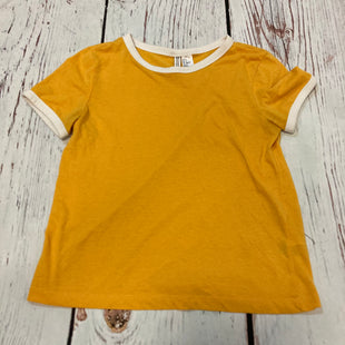 Primary Photo - BRAND: H&M STYLE: TOP SHORT SLEEVE BASIC COLOR: MUSTARD SIZE: S SKU: 217-217153-8720