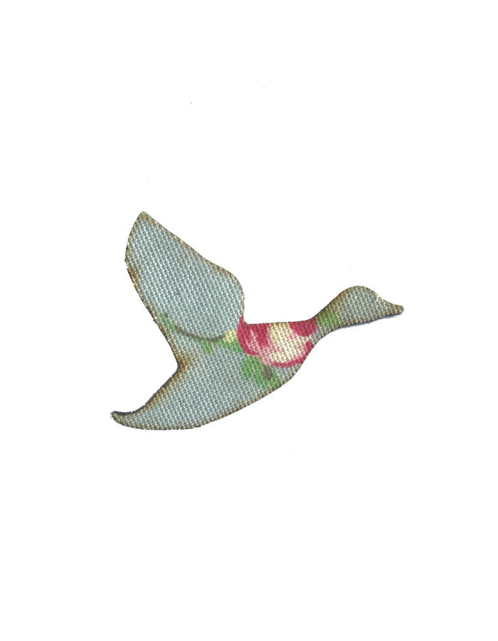 MYstyle Brooch Flying Duck Rosebud Blue
