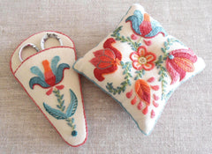 Anna Scott, Fine Stitch Studio. Tulipa Pincushion and Scissor Case