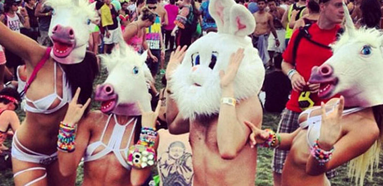 Top 6 Outfit Styles You See At An Edm Festival