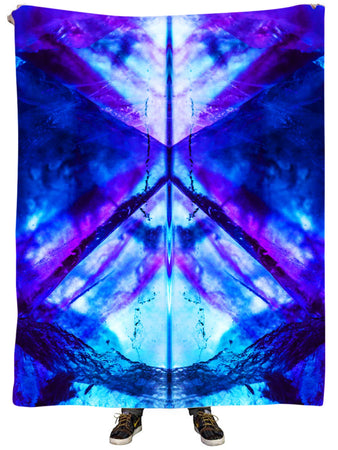 Noctum X Truth - Violet Night Plush Blanket