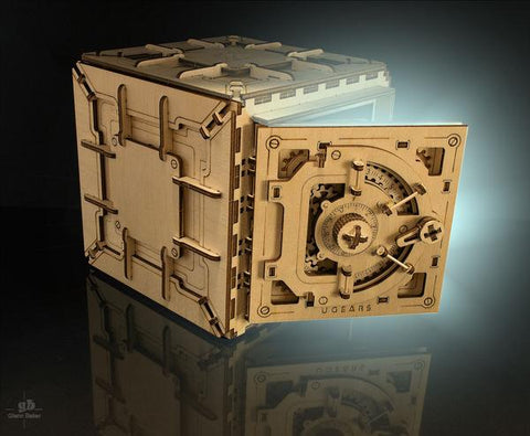 Safe - build your own working model by UGears