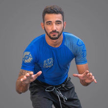 Load image into Gallery viewer, Braus DNA Rank Rash Guard Blue - Short Sleeve