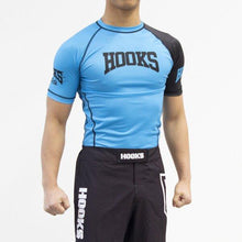 Load image into Gallery viewer, Hooks Pro Light Ranked rash Guard - Blue