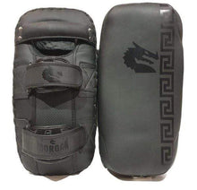 Load image into Gallery viewer, Morgan B2B Bomber Leather Thai Pads Pair