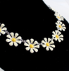 Small daisy flower short necklace - OneHavenCo