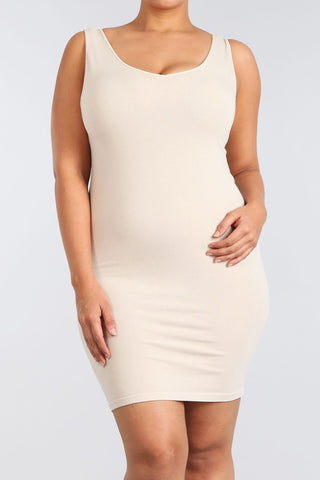 'curvy' v/scoop sleeveless dress