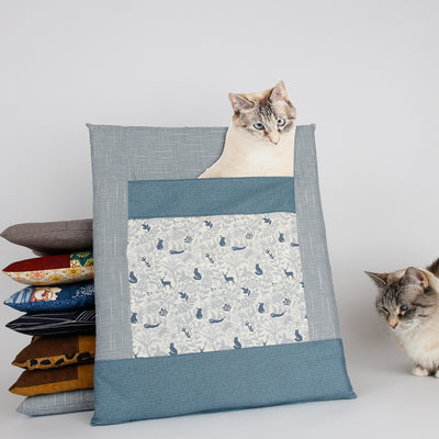 CATTRESS Cat Bed Designed to Hold Heating Pad