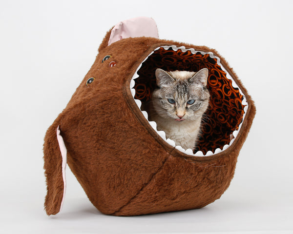 The hairy dog Cat Ball cat bed made in brown fur and lined with onion rings fabric